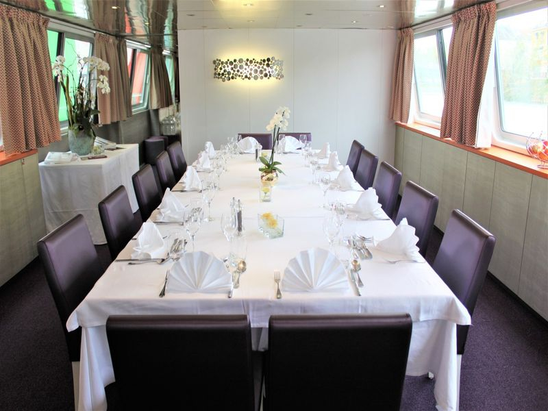 CroisiEurope-the-dining-room